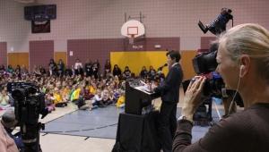 Lt. Governor Reynolds speaks at Jordan Creek Elementary School